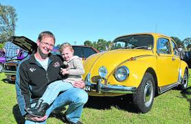 beetle love nigel thompson with his daughter mia and a 1973 model vw beettle