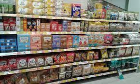 Thị trường bánh kẹo Tết: Nội - ngoại cạnh tranh gay gắt