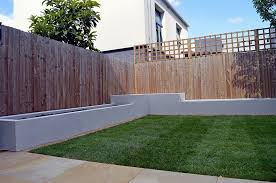 wooden garden fencing ideas, feather edge panels with trellis