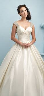 88 best Wedding Dresses images on Pinterest