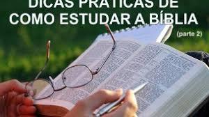 Resultado de imagem para imagens de estudando a Bíblia