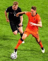 "Luuk de Jong on Instagram: ""Round of 16! 🦁🔥 #EURO2020 #NEWWAVE"""