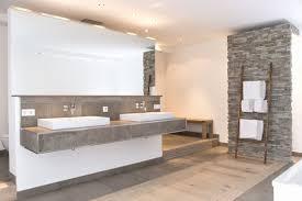 Badezimmer Spannend Badezimmer Grau Ideen Stilvoll Badezimmer