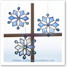 Glue Suncatchers An Easy Christmas Tree Ornament Craft  Where Easy To Make Christmas Crafts