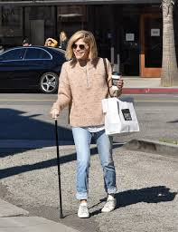 Aug 13, 2021 · the actress, who was diagnosed with multiple sclerosis in 2018, is the subject of an upcoming discovery+ film, introducing, selma blair. Selma Blair Eiskalte Engel Star Trotzt Ihrer Unheilbaren Krankheit Leute Bild De