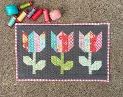 Tulip quilt | Etsy & Mini Tulip Market PDF Quilt Pattern #125 Adamdwight.com