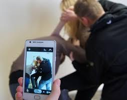 Risultati immagini per bullismo a scuola