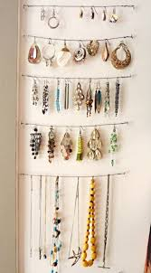 Diy Necklace Holder 16 Brilliant Inexpensive Diy Solutions For Organizing Your Necklaces