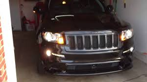 2012 Jeep Grand Cherokee SRT8 front turn signal demo - YouTube