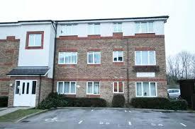 Attractive 2 Bed Flat For Sale In Akerlea Close, Milton Keynes, Buckinghamshire