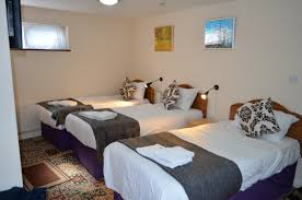 triple room 3 persons 3 single beds
