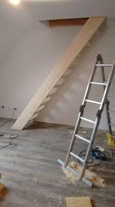 Treppen, also folgen von mindestens drei stufen, müssen laut musterbauordnung (mbo) einen festen und sicheren handlauf haben. Holztreppe Bauanleitung Zum Selberbauen 1 2 Do Com Deine Heimwerker Community