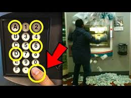 Top 5 Vending Machine Hacks Classy HOW TO GET FREE MONEY OUT OF A VENDING MACHINE LIFE HACKS Mp48