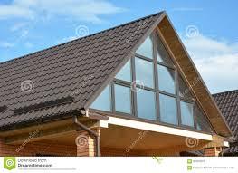 Modernes Haus Mit Metalldeckung Panoramischem Fenster Oberlicht