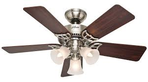 ceiling fans with standard light bulbs