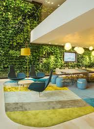 green wall office. Green Walls In Office Design\u2014What Are The Benefits? Wall