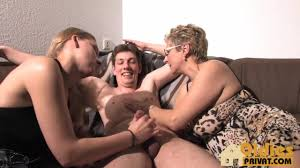 Real homemade mature grannies threesomes