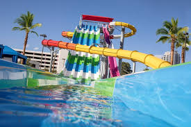 pool splash. Splash Zone At Circus Introduces Expanded Pool Offerings For Sunseekers Of All Ages \u2013 Vegas24Seven.com