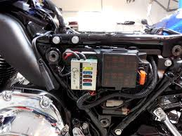 """adding a centech ap 1 to the road king riding two up i would have included a """"before"""" photo but i was embarrassed by the whole mess i d done a pretty good job of tucking the various in line fuse holders and"""