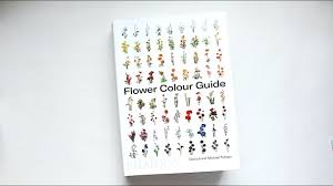 <b>Flower Colour Guide</b> by Darroch and Michael Putnam | Book Review