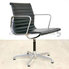 charles eames leather meeting chair black leather chair chrome frame chair