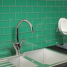Emerald Green Glass Subway Tile
