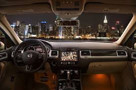 2018 volkswagen cc interior. Wonderful Interior 2018 Volkswagen Touareg Executive Interior Updates On Volkswagen Cc