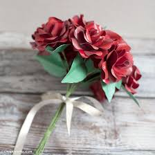 How To Make A Simple Paper Flower Bouquet Follow This Simple Paper Rose Tutorial To Make The Perfect