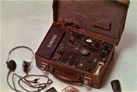 """Résultat de recherche d'images pour """"radio moyen de transmission resistance seconde guerre"""""""