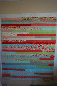 How to Make a Jelly Roll Quilt: 49 Easy Patterns | Guide Patterns & Jelly Roll Quilt Race Adamdwight.com