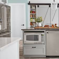 modern farmhouse kitchen design. Island Amenities Modern Farmhouse Kitchen Design