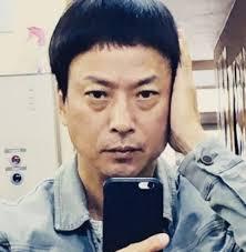 椎名桔平が眉上ぱっつんヘア披露 ファンは何気に可愛い 2018年4月