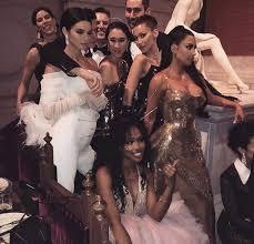 4:08 chicas cosmo 665 912 confirmado: Bella Hadid Kim Kardashian Kendall Jenner And Met Gala 2018 Image 6366960 On Favim Com