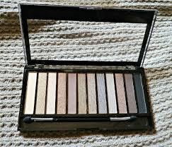 makeup revolution london redemption iconic 2
