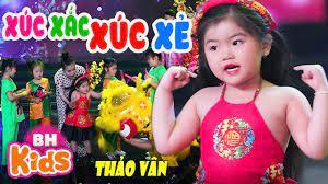 Xúc Xắc Xúc Xẻ ♫ Thảo Vân (Bé Gạo) - Nhạc Tết Thiếu Nhi Vui Nhộn [MV 4K] -  YouTube