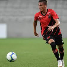 Braian Romero vibra com o primeiro gol pelo Athletico-PR