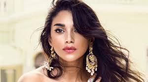 bridal makeup best indian bridal makeup artists in your city vogue india
