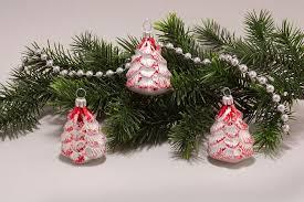 3 Tannenbäumchen Weiß Matt Rot Weihnachtsbaumkugeln Aus Glas