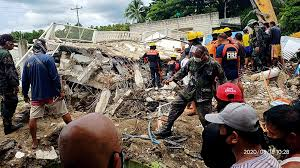 Philippines lies in the pacific 'ring of fire.' temblor hits at a depth of 61 km (38 miles), about 128 km (80 miles) east of the island's key city of davao. One Dead Dozens Injured As Earthquake Hits Central Philippines Earthquakes News Al Jazeera