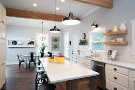 Fixer Upper Wall Lights Question And Answer With Fixer Upper Carpenter Clint Harp