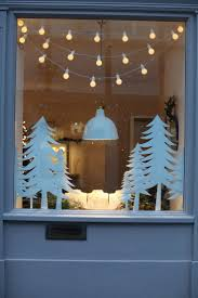 Outside Window Decorations Best 10 Christmas Window Decorations Ideas On Pinterest Window