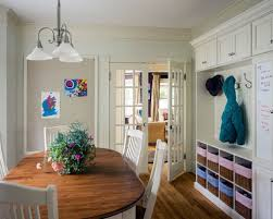5 ways to create a makeshift mudroom