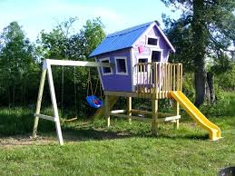 free pallets how to build a simple playhouse playhouse plans with loft easy playhouse free