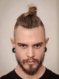 top knot blonde style