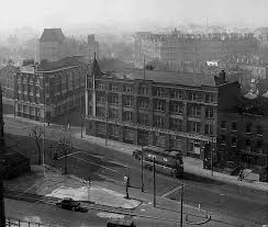 st john street junction with skinner street 1950s showing warehousing at nos 223 227 left and 231 243 hugh myddelton and northton buildings