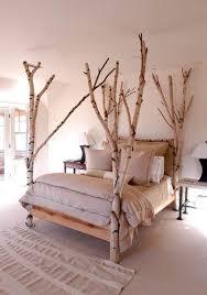 Tolle Deko Idee Für Das Bett Kleine Bäume Als Bettgestell Schlafen