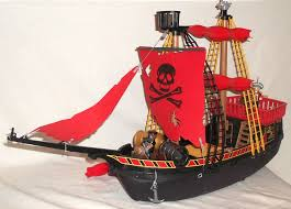childs play pirate ship