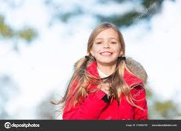 秋のファッション秋のシーズンの子供女の子摩耗コート温かみのある