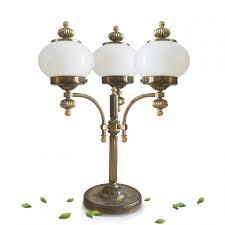 Tischlampe Großer Messing Glas Leuchter Mit Milchglaskugeln