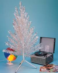 It incorporates everything retro, right from an aluminum Christmas to the  recorder.